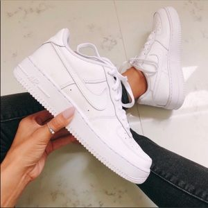 Nike air force 1 PRICE IS FIRM